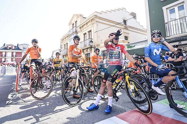 Red Jersey Primoz Roglic (SLO) Jumbo-Visma and Miguel Angel Lopez Mpoeno (COL) Movistar Team wait for the start of Stage 19 of La Vuelta d'Espana 2021, running 191.2km from Tapia de Casariego to Monforte de Lemos, Spain. 3rd September 2021.    <br /> Picture: Unipublic/Charly Lopez | Cyclefile<br /> <br /> All photos usage must carry mandatory copyright credit (© Cyclefile | Charly Lopez/Unipublic)