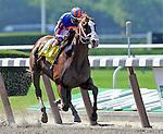 6 June 09:  Munnings and jockey John Velasquez win the Woody Stephens Handicap at Belmont Park in Elmont, New York
