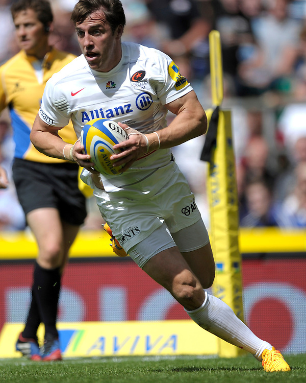 Chris Wyles of Saracens runs in a try during the Aviva Premiership Rugby Final between Bath Rugby and Saracens at Twickenham Stadium on Saturday 30th May 2015 (Photo by Rob Munro)