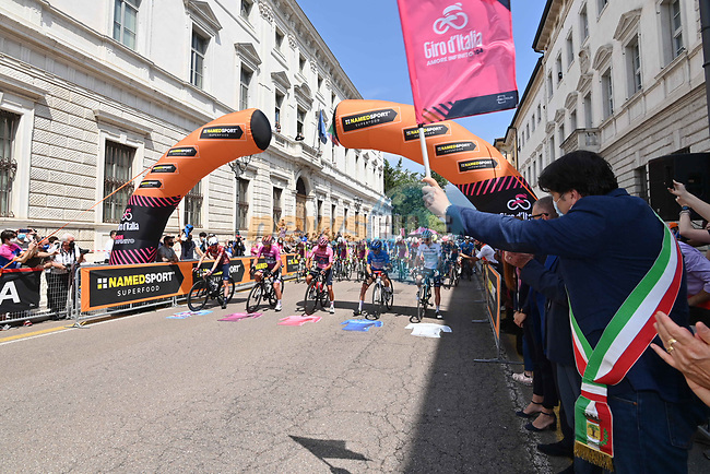 The start of Stage 18 of the 2021 Giro d'Italia, running 231km from Rovereto to Stradella, Italy. 27th May 2021.  <br /> Picture: LaPresse/Gian Mattia D'Alberto | Cyclefile<br /> <br /> All photos usage must carry mandatory copyright credit (© Cyclefile | LaPresse/Gian Mattia D'Alberto)