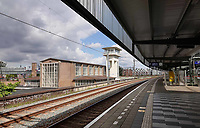 Nederland - Amsterdam - Juli 2020.    Station Muiderpoort.  Foto ANP / Hollandse Hoogte / Berlinda van Dam