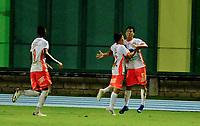BARRANCABERMEJA - COLOMBIA, 16-04-2021: Jugadores de Envigado F. C., celebran el gol anotado a Alianza Petrolera durante partido Alianza Petrolera y Envigado F. C. de la fecha 19 por la Liga BetPlay DIMAYOR I 2021 en el estadio Daniel Villa Zapata en la ciudad de Barrancabermeja. / Players of Envigado F. C., celebrate the scored goal to Alianza Petrolera during a match between Alianza Petrolera and Envigado F. C., of the 19th date for the BetPlay DIMAYOR I 2021 League at the Daniel Villa Zapata stadium in Barrancabermeja city. / Photo: VizzorImage / Jose D. Martinez / Cont.