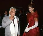 LEONARD BERNSTEIN CON BEATRICE REBECCHINI<br /> PREMIO CONDOTTI - SCALINATA TRINITA' DEI MONTI ROMA 1987