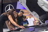 SAO PAULO, SP - 05.11.2014 - SALÃO DO AUTOMÓVEL - Movimentação no salão do automóvel em São Paulo nesta quarta-feira (5). O evento receberá o público até o dia 9 de novembro.<br /> <br /> <br /> (Foto: Fabricio Bomjardim / Brazil Photo Press)