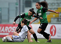 Valeria Pirone and Haley Bugeja of Sassuolo and Sarah Madison Solow of Hellas Verona compete for the ball during the women Serie A football match between US Sassuolo and Hellas Verona at Enzo Ricci stadium in Sassuolo (Italy), November 15th, 2020. Photo Andrea Staccioli / Insidefoto