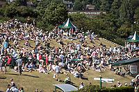 1-7-08, England, Wimbledon, Tennis, Aorangi Park, Henman Hill