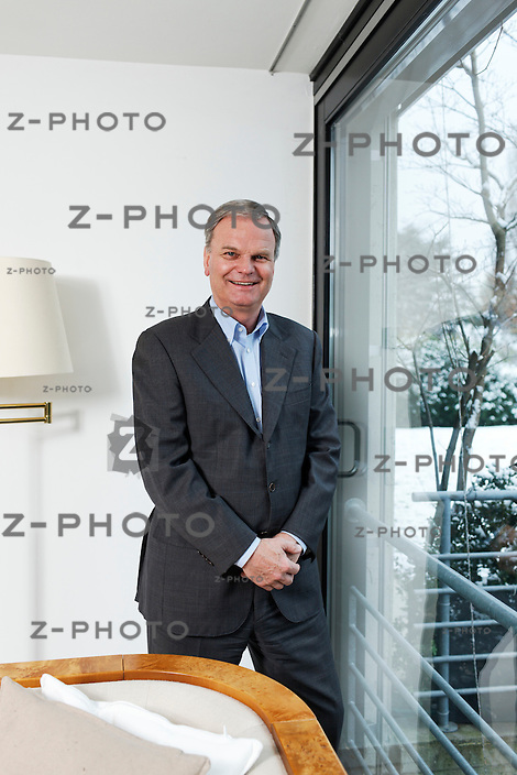 Portrait von Rolf Leimer / Brainforce AG ist Mitglied der Geschaeftsleitung am Dienstag (31.01.12) in seiner Privatwohnung in Herliberg-Feldmeilen ZH..Copyright © Zvonimir Pisonic