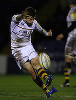 Photo: Paul Thomas/Richard Lane Photography. Sale Sharks v London Wasps. Aviva Premiership. 24/02/2012. London Wasps' Elliot Daly successfully kicks over this penalty which then results in him pulling a muscle and going off injured.