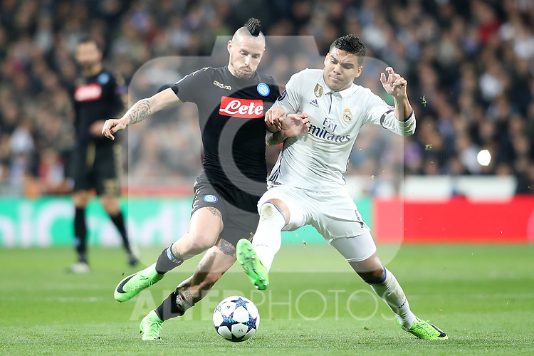 Real Madrid's Carlos Henrique Casemiro (r) and SSC Napoli's Marek Hamsik during Champions League 2016/2017 Round of 16 1st leg match. February 15,2017. (ALTERPHOTOS/Acero)