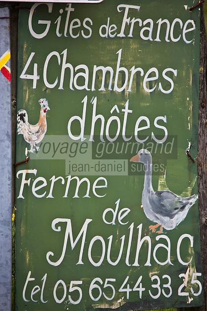 Europe/France/Midi-Pyrénées/12/Aveyron/Laguiole: Chambre d'Hôtes, La Ferme De Moulhac, Lieu-Dit Moulhac