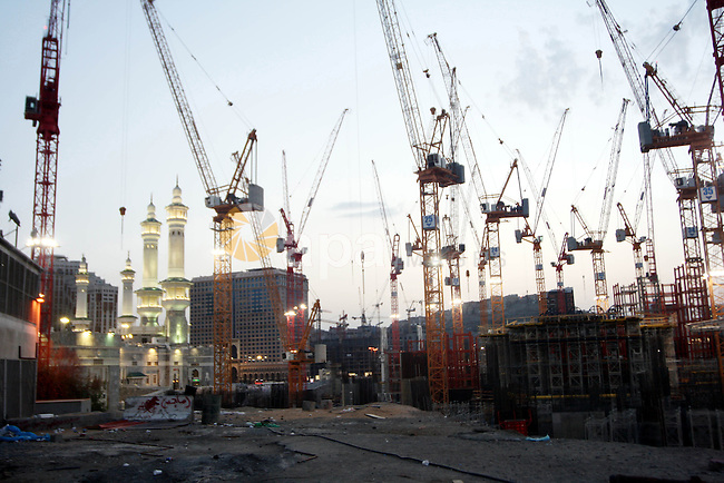 A construction site is seen around the Grand Mosque during the annual Hajj in Mecca, Saudi Arabia, Nov 13, 2010. Some 2.5 million Muslims from more than 160 countries converge annually on the Islamic cities of Mecca and Medina in western Saudi Arabia for the hajj pilgrimage. Photo by Mohammed Mahmoud