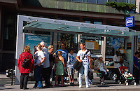 Norwegen, Oslo, Bahnhofsplatz Jernbanetorget