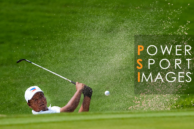 SHENZHEN, CHINA - OCTOBER 29:  Mhark Fernando of Philippines in action during the day one of Asian Amateur Championship at the Mission Hills Golf Club on October 29, 2009 in Shenzhen, Guangdong, China.  (Photo by Victor Fraile/The Power of Sport Images) *** Local Caption *** Mhark Fernando