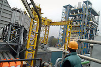 - AEM (Energetic Company of Milan), thermoelectrical turbogas power station....- AEM (Azienda Energetica Milanese), centrale termoelettrica a turbogas..
