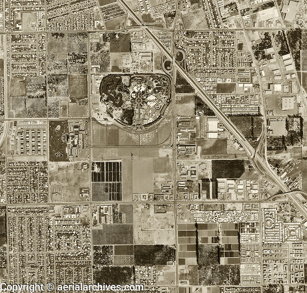 historical aerial photograph Disneyland Park, Anaheim, 1963