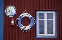 Europe/Norvège/Iles Lofoten: Détail de l'enseigne d'une auberge sur un port