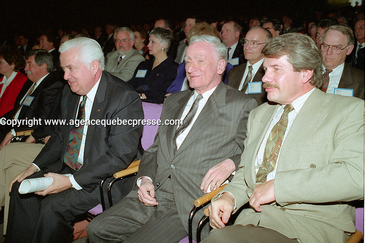 Montreal (qc) CANADA - file Photo - 1992 - <br /> Union des Municipalites du Quebec convention in April -<br /> Ralph Mercier, UMQ President and Mayor of Charlesbourg (L), Claude Ryan, Quebec Minister of Municipal Affairs (M), Jean Dore, mayor of Montreal (R)