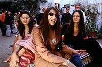 Women from the upperclass in Lahore at the Basant festival in Lahore. A festival for greeting the spring.<br /> 18.2.2001, Lahore/Pakistan<br /> Copyright: Christian-Ditsch.de<br /> [Inhaltsveraendernde Manipulation des Fotos nur nach ausdruecklicher Genehmigung des Fotografen. Vereinbarungen ueber Abtretung von Persoenlichkeitsrechten/Model Release der abgebildeten Person/Personen liegen nicht vor. NO MODEL RELEASE! Nur fuer Redaktionelle Zwecke. Don't publish without copyright Christian-Ditsch.de, Veroeffentlichung nur mit Fotografennennung, sowie gegen Honorar, MwSt. und Beleg. Konto: I N G - D i B a, IBAN DE58500105175400192269, BIC INGDDEFFXXX, Kontakt: post@christian-ditsch.de<br /> Bei der Bearbeitung der Dateiinformationen darf die Urheberkennzeichnung in den EXIF- und  IPTC-Daten nicht entfernt werden, diese sind in digitalen Medien nach §95c UrhG rechtlich geschuetzt. Der Urhebervermerk wird gemaess §13 UrhG verlangt.]