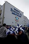 Everton 2 Wolves 1, 19/11/2011. Goodison Park, Premier League. Exterior view of Goodison Park, pre match. Photo by Paul Thompson.