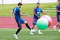 Spain's Gerard Pique (l) and Thiago Alcantara during training session. June 5,2018.(ALTERPHOTOS/Acero) /NortePhoto.com NORTEPHOTOMEXICO