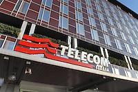 - Milan, headquarters  of telecommunications company Telecom at Directional Center....- Milano, sede della compagnia di telecomunicazioni Telecom presso il Centro Direzionale
