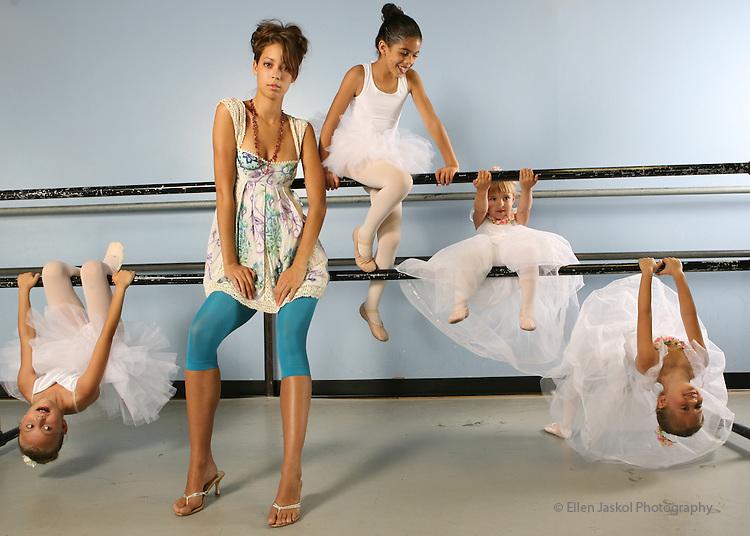Fashion for Spotlight.  Leg warmers at the Cherry Creek Dance studio in Denver on June 15, 2006.  Little ballerinas help with the shoot.    Lesley has their names. (ELLEN JASKOL/ROCKY MOUNTAIN NEWS).**