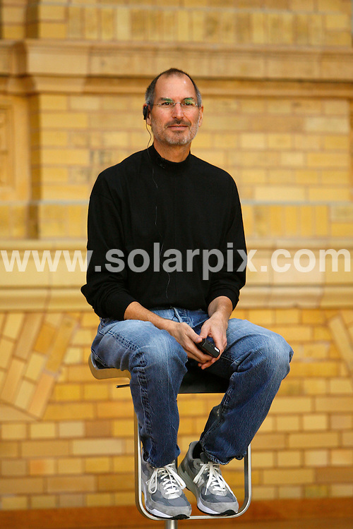 **ALL ROUND PICTURES FROM SOLARPIX.COM**.**SYNDICATION RIGHTS FOR UK AND SPAIN ONLY**.Apple CEO Steve Jobs presents the Apple iPhone in Berlin.JOB REF: 4806    CPR        DATE: 19.09.07.**MUST CREDIT SOLARPIX.COM OR DOUBLE FEE WILL BE CHARGED* *UNDER NO CIRCUMSTANCES IS THIS IMAGE TO BE REPRODUCED FOR ANY ONLINE EDITION WITHOUT PRIOR PERMISSION*