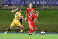 Standard's Davinia Vanmechelen (25) (L) and Woluwe's Jana Simons (8) (R) in action during a female soccer game between FC Femina WS Woluwe and Standard Femina de Liege on the fourth match day of the 2020 - 2021 season of Belgian Womens Super League , Friday 8th of October 2020  in Liege , Belgium . PHOTO SPORTPIX.BE   SPP   SEVIL OKTEM