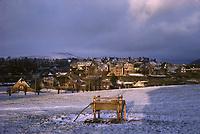 France/15/Cantal/Salers: Village en hiver