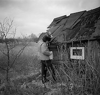 Gomel, Belarus, Ocober 1995..The explosion at the Chernobyl Nuclear Power Plant on April 26 1986 was the worst nuclear accident in history..Measuring contamination in the closed and radioactive zone surrounding Chernobyl..