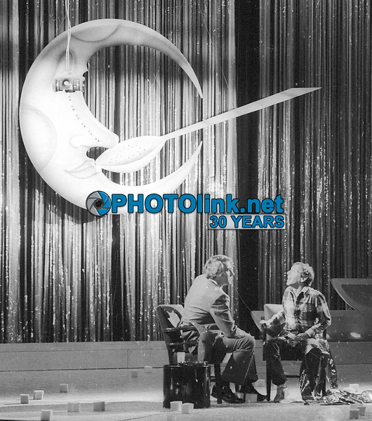1978 FILE PHOTO<br /> New York, NY<br /> Steve Rubell being interviewed <br /> by Tom Snyder at Studio 54<br /> Photo by Adam Scull-PHOTOlink.net
