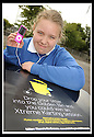 25/06/2009  Copyright  Pic : James Stewart.02_golden_bin  .::  GOLDEN BIN WINNER LAREN JARVIE, 2ND YEAR, GRANGEMOUTH HIGH SCHOOL, WITH  HER IPOD PRIZE :: .James Stewart Photography 19 Carronlea Drive, Falkirk. FK2 8DN      Vat Reg No. 607 6932 25.Telephone      : +44 (0)1324 570291 .Mobile              : +44 (0)7721 416997.E-mail  :  jim@jspa.co.uk.If you require further information then contact Jim Stewart on any of the numbers above.........