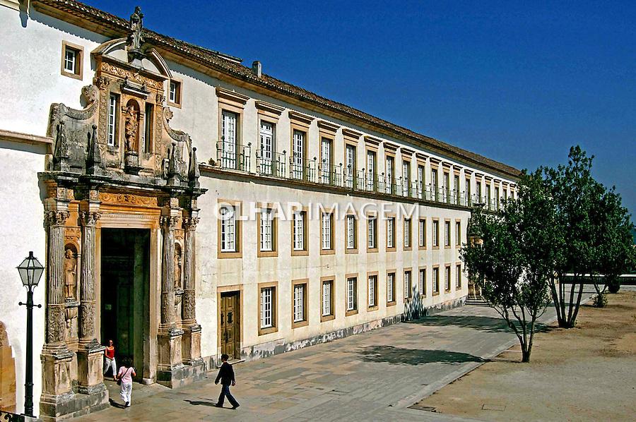 Prédio da Universidade de Coimbra. Portugal. 2005. Foto de Rogério Reis.