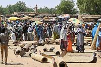 NIGER, village Namaro, market day / Dorf Namaro, Markttag