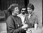 INGRID BERGMAN CON ISABELLA ROSSELLINI E MARTIN SCORSESE <br /> HOTEL EDEN ROMA 1978