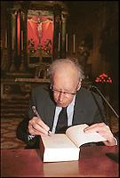 Mario Luzi, poeta, scrittore, senatore a vita,