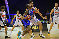 Kerwin Roach in action during the National Basketball League match between Cigna Wellington Saints and Nelson Giants at TSB Bank Arena in Wellington, New Zealand on Saturday, 15 May 2021. Photo: Dave Lintott / lintottphoto.co.nz