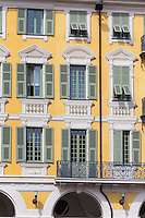 Europe/France/Provence-Alpes-Côte d'Azur/Alpes-Maritimes/Nice: Façade des Maisons Place Garibaldi //   Europe, France, Provence-Alpes-Côte d'Azur, Alpes-Maritimes, Nice: Houses facade Place Garibaldi, Place Garibaldi is one of the oldest and the largest squares in Nice