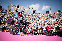 Davide Formolo (ITA/Bora-Hansgrohe) entering the Verona amphitheater after finishing the closing iTT<br /> <br /> Stage 21 (ITT): Verona to Verona (17km)<br /> 102nd Giro d'Italia 2019<br /> <br /> ©kramon