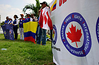 CÚCUTA- COLOMBIA, 07-02-2019:Miembros de la organización internacional Canadian Human Rights durante la llegada de camiones con la ayuda humantaria para el pueblo venezolano  al Puente de Tienditas frontera con Venezuela ./ Arrival of trucks with humanitarian aid for the Venezuelan people to the Bridge of Tienditas, border with Venezuela . Photo: VizzorImage / Manuel Hernández  / Contribuidor