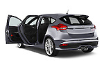 Car images of a 2015 Ford Focus St 5 Door Hatchback Doors