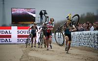 Jolien Verschueren (BEL/Young Telenet-Fidea) running over the clean sand stroke<br /> <br /> Jaarmarktcross Niel 2015  Elite Women's Race