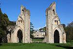 Great Britain, England, Somerset, Glastonbury: 14th century ruins of Glastonbury Abbey