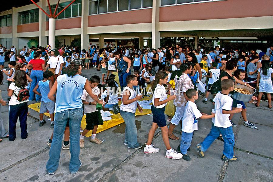 Encontros com famílias, projeto Escola Aberta. Boa Vista. Roraima. 2003. Foto de Juca Martins.