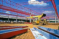 Trabalho de construção civil no Rio de Janeiro. 2000. Foto de Ricardo Azoury.