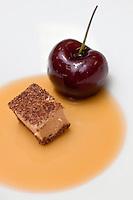 Europe/France/2A/Corse du Sud/Porto-Vecchio: Foie gras au chocolat et griottes,recette de Davide Bisetto - restaurant: Casadelmar