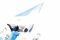 """Protest gegen den syrischen Diktator Bashar al-Assad.<br /> Am Freitag den 21. August 2015 protestierten mehrere hundert Menschen, die meissten Buergerkriegsfluechtlinge aus Syrien, gegen den fortdauernden Buergerkrieg in ihrem Herkunftsland. Sie gedachten annlaesslich des 2. Jahrestag der Opfer des Giftgas-Angriffs vom 21. August 2013 in Damaskus. Das Assad-Regime hatte ueber 1.600 Menschen mit dem Nervengift Sarin ermordet.<br /> Nach Angaben des deutschen Vertreters der """"Syrischen Nationalen Koalition"""", Dr Bassam Abdullah,  werden in Syrien weiterhin Menschen durch Giftgas durch die Regierungstruppen getoetet. Die Koalition ist ein Zusammenschluss von syrischen Muslimen, Christen, Assyrern und Kurden.<br /> 21.8.2015, Berlin<br /> Copyright: Christian-Ditsch.de<br /> [Inhaltsveraendernde Manipulation des Fotos nur nach ausdruecklicher Genehmigung des Fotografen. Vereinbarungen ueber Abtretung von Persoenlichkeitsrechten/Model Release der abgebildeten Person/Personen liegen nicht vor. NO MODEL RELEASE! Nur fuer Redaktionelle Zwecke. Don't publish without copyright Christian-Ditsch.de, Veroeffentlichung nur mit Fotografennennung, sowie gegen Honorar, MwSt. und Beleg. Konto: I N G - D i B a, IBAN DE58500105175400192269, BIC INGDDEFFXXX, Kontakt: post@christian-ditsch.de<br /> Bei der Bearbeitung der Dateiinformationen darf die Urheberkennzeichnung in den EXIF- und  IPTC-Daten nicht entfernt werden, diese sind in digitalen Medien nach §95c UrhG rechtlich geschuetzt. Der Urhebervermerk wird gemaess §13 UrhG verlangt.]"""