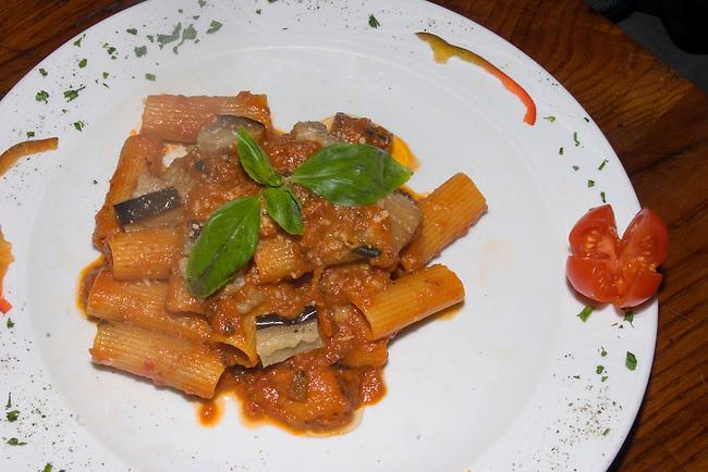 Rigatoni, Acqua Al Due Restaurant, Florence, Italy
