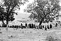 Iraq 1971 Funeral in Kurdistan, on the road to Gali Ali Beg  Irak 1971  Enterrement dans un cimetiere sur la route du Gali Ali Beg