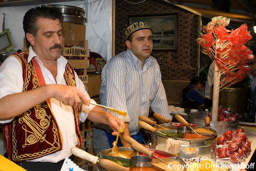 Bonbon-Herstellung auf At Meydani in Istanbul, Türkei